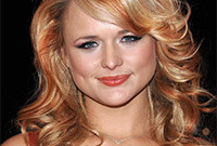 Miranda-lambert-hairstyle-dos-and-donts-for-a-wide-face-side